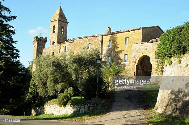 medieval architecture - orvieto stock pictures, royalty-free photos & images