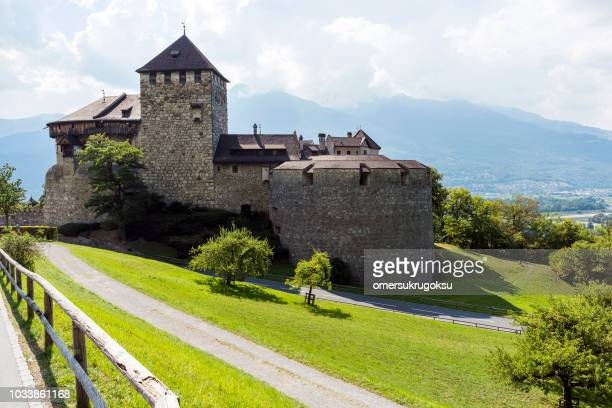 medieval castle in vaduz, liechtenstein - principality of liechtenstein stock pictures, royalty-free photos & images
