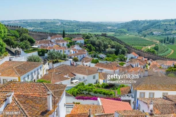 medieval city of obidos, leiria district, estremadura, portugal - estremadura stock-fotos und bilder