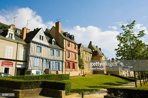 medieval houses in a city, le mans, sarthe, pays-de-la-loire, france - sarthe stock pictures, royalty-free photos & images