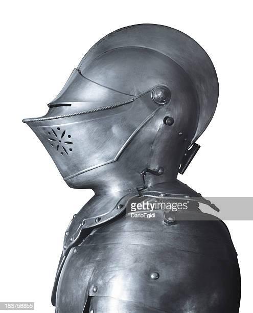 Cavaleiro Medieval Fatos blindados, vista lateral, fundo branco