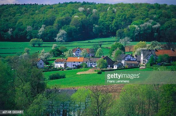 medieval timber framed houses - オランダ リンブルフ州 ストックフォトと画像