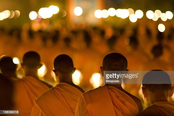 meditating buddhist monks - lifeispixels stock pictures, royalty-free photos & images