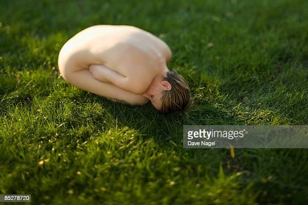 meditating  outside nude - medelålders kvinnor naken bildbanksfoton och bilder