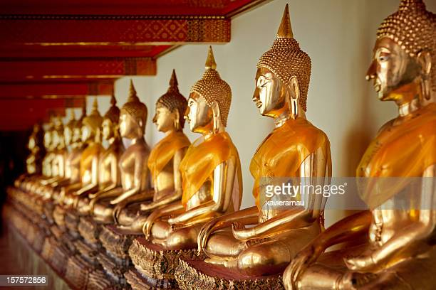 meditating - wat pho stock pictures, royalty-free photos & images