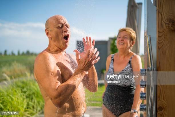 Mittelmeer aktive Senioren, fun-Gartendusche