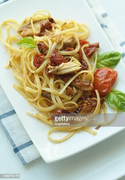 Linguine pasta Mediterraneo