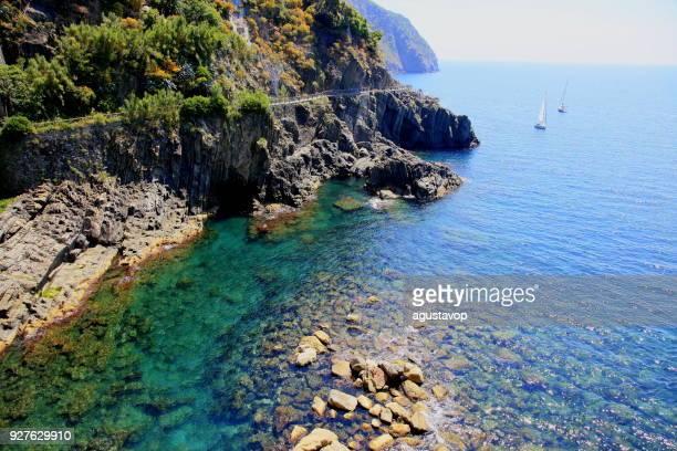 mediterranean sea from riomaggiore to manarola: via dell'amor , cinque terre, italy - liguria stock photos and pictures