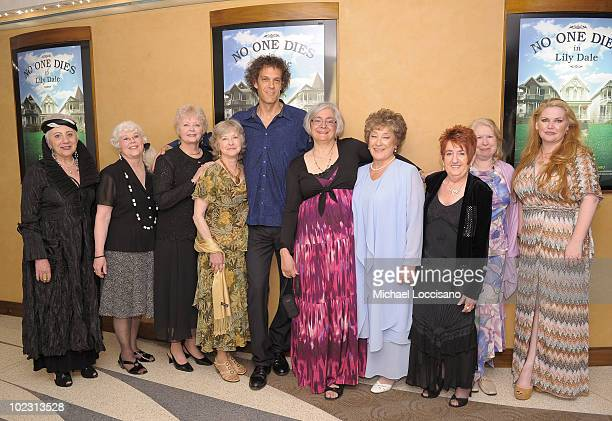 Mediums Gerta Lestock Sherry Lee Calkins Gretchen Clark and Jackie Franchina SVP of HBO Documentary Films Nancy Abraham director Steven Cantor and...
