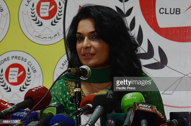 Meera the famous Pakistani actress talks to the media people during a press conference held in Lahore