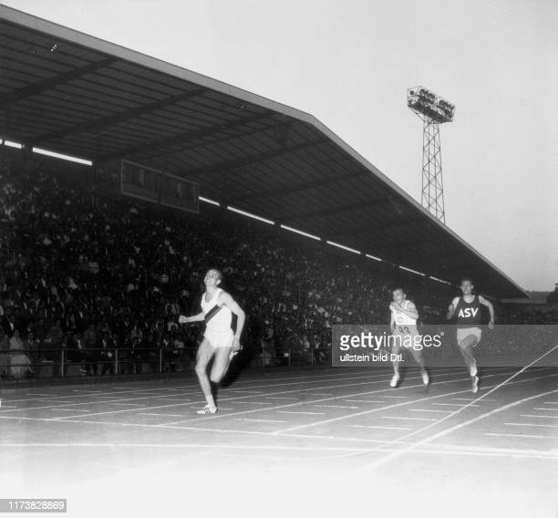 Meeting 1960, finals 100m: Armin Hary's world record in 10.0 sec.