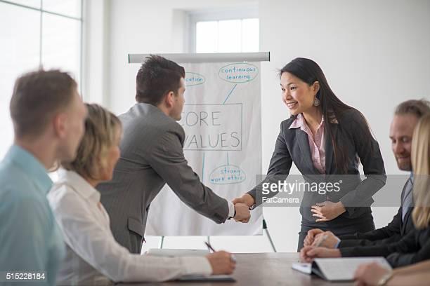 Treffen einen neuen Mitarbeiter