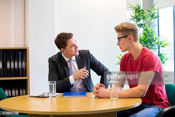 Meeting zwischen Schüler und Lehrer
