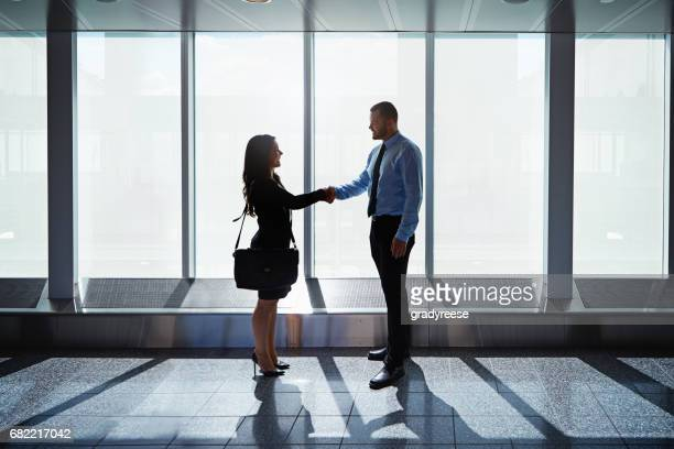 Meeting contacts at arrivals