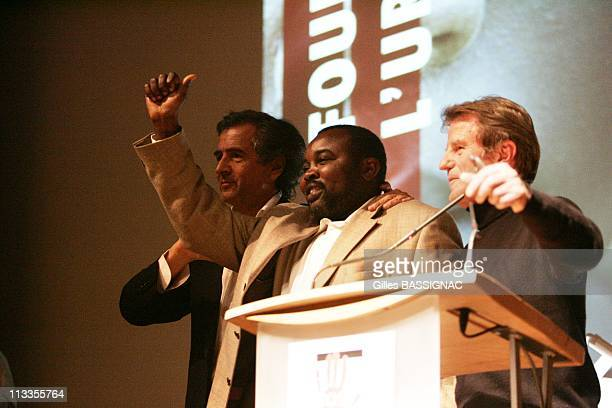 Meeting For Darfur With Philosopher Bernard Henri Levy And Some Candidates For French Presidency In Paris France On March 20 2007 Bernard Henri Levy...