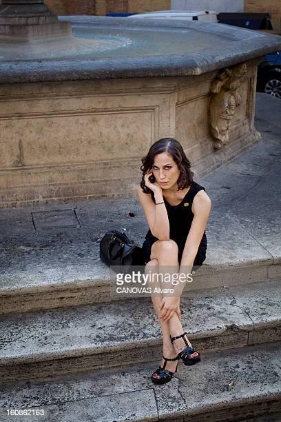 Meeting In Rome With Sabina Began The Queen Bee Of Silvio Berlusconi. Sabina BEGAN, 38 ans, actrice italienne d'origine bosnienne, maîtresse de...