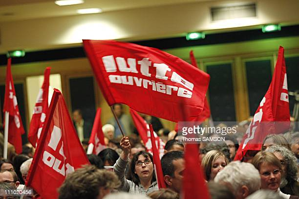 Meeting of Lutte Ouvriere with Nathalie Arthaud its Spokeswoman in Paris France on May 15th 2009 Lutte Ouvriere flags