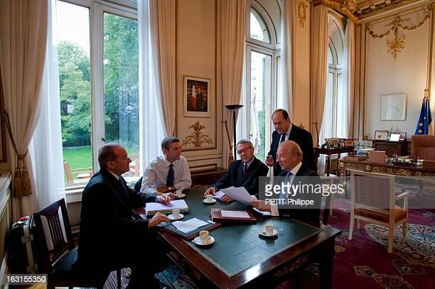 Meeting On The Crisis On The Terrorist Threat At The Ministry Of The Interior 8 h15 Lundi 27 septembre 2010 au Ministère de l'Intérieur réunion de...