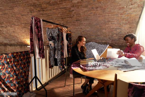 meeting - femalefocuscollection stock pictures, royalty-free photos & images