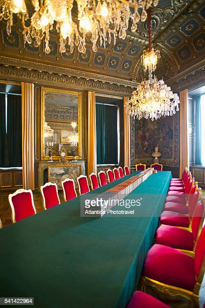 meeting room in the royal palace, stockholm, sweden - the stockholm palace stock pictures, royalty-free photos & images