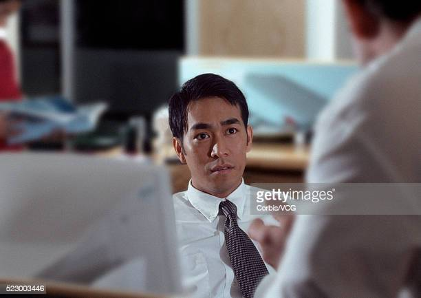 meeting with colleague - vcg stock pictures, royalty-free photos & images