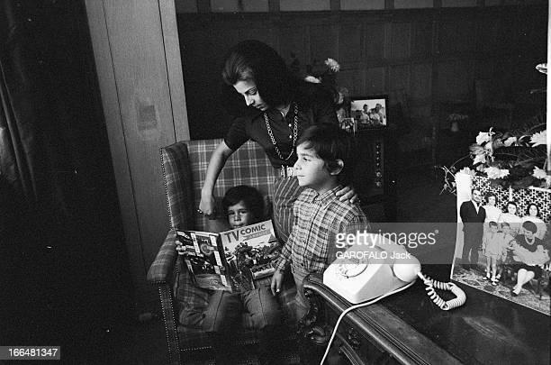 Meeting With Ferial Of Ircheid And His Children 28 septembre 1970 Ferial D'IRCHEID est la première épouse du prince Mohamed frère d'Hussein de...
