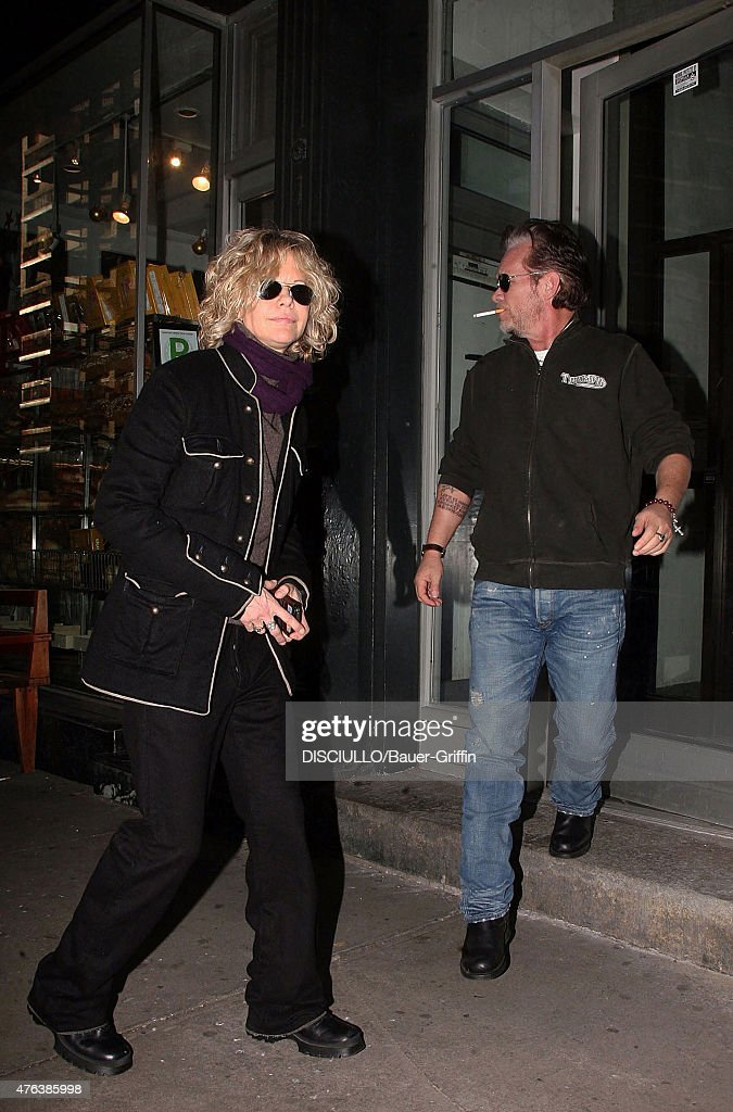 Celebrity Sightings - Bauer-Griffin - 2011 : News Photo