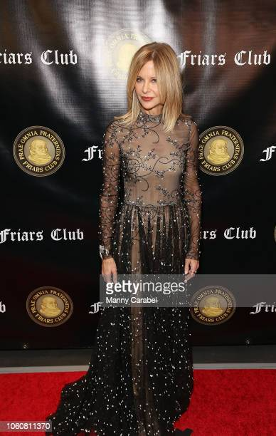 Meg Ryan attends the Friar's Club Honors Billy Crystal with their Entertainment Icon Award at The Ziegfeld Ballroom on November 12 2018 in New York...