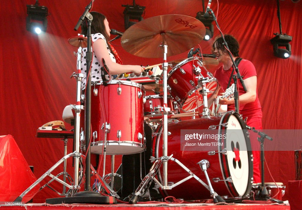 Bonnaroo 2007 - Day 3 - The White Stripes