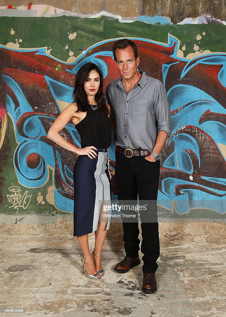 Megan Fox and Will Arnett pose during a photo call for the 'Teenage Mutant Ninja Turtles' at Paddington Reservoir on September 8, 2014 in Sydney, Australia.