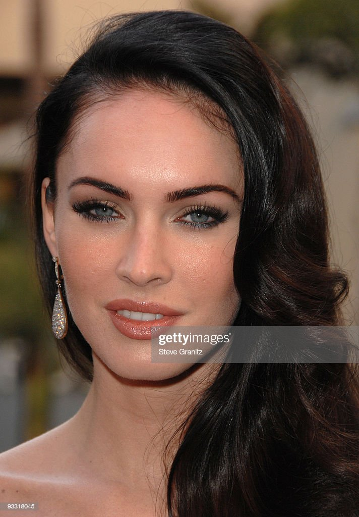 Megan Fox arrives at 'Jennifer?s Body' Hot Topic Fan Event at Hot Topic on September 16, 2009 in Hollywood, California.