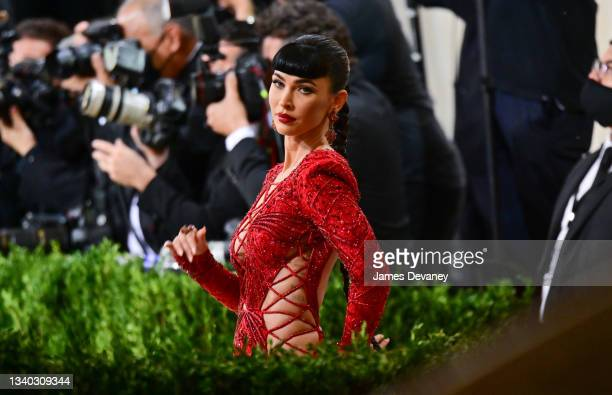 Megan Fox arrives to the 2021 Met Gala Celebrating In America: A Lexicon Of Fashion at Metropolitan Museum of Art on September 13, 2021 in New York...