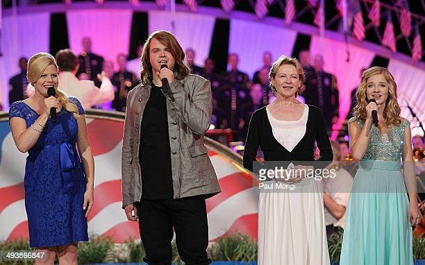 Megan Hilty Caleb Johnson Dianna Wiest and Jackie Evancho onstage at the 25th National Memorial Day Concert finale at the US Capitol West Lawn on May...