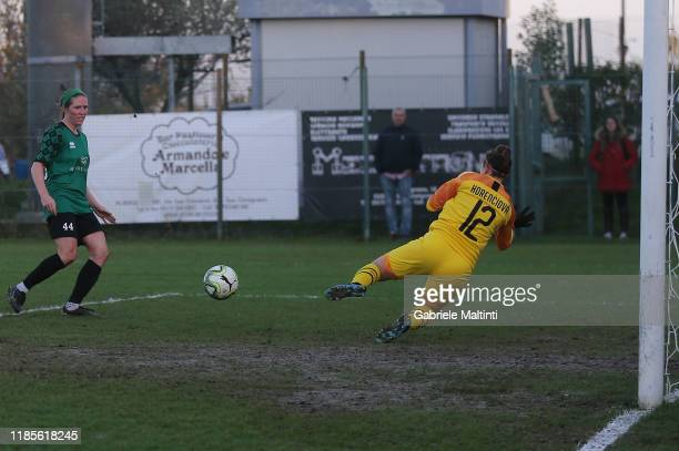 Megan Kelly of Florentia San Gimignano Women scores his second goal during the Women Serie A match between Florentia and AC Milan on November 30 2019...