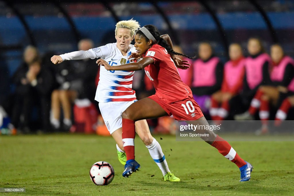SOCCER: OCT 17 CONCACAF Women's Championship - Canada v USA : News Photo