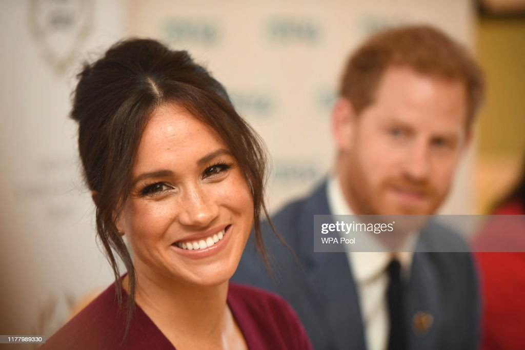 The Duke & Duchess of Sussex Attend a Roundtable Discussion on Gender Equality with The Queens Commonwealth Trust : Nachrichtenfoto