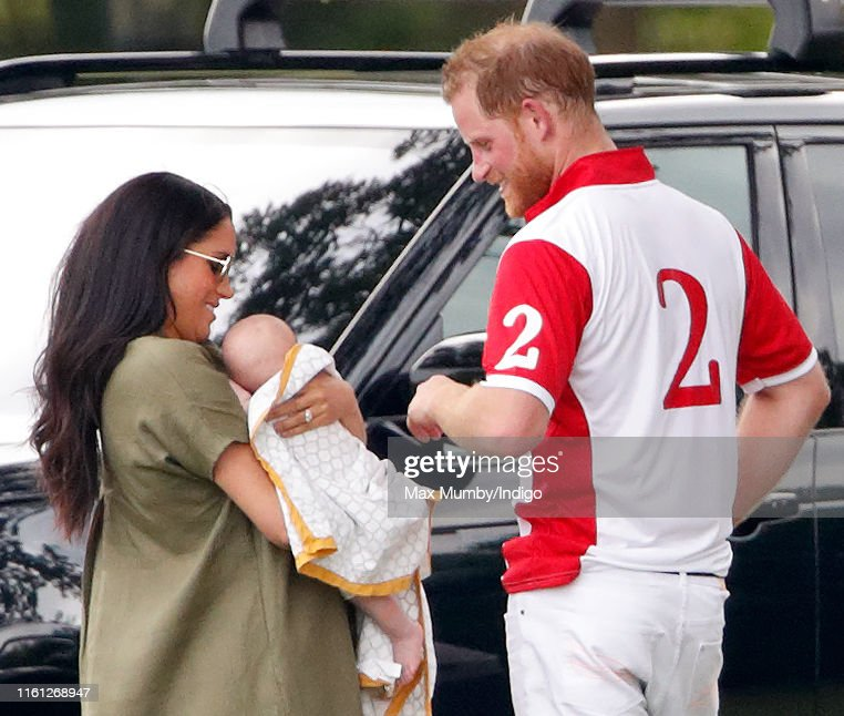 The Duke Of Cambridge And The Duke Of Sussex Take Part In The King Power Royal Charity Polo Day : Nachrichtenfoto