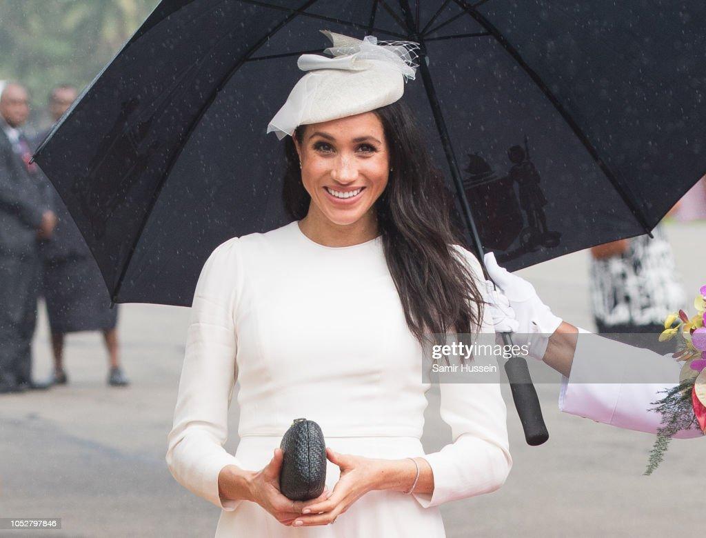 The Duke And Duchess Of Sussex Visit Fiji - Day 1 : Fotografía de noticias
