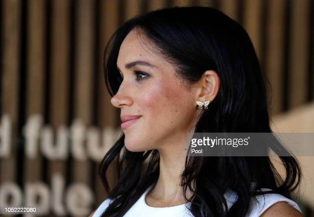 Meghan Duchess of Sussex attends a ceremony at Taronga Zoo on October 16 2018 in Sydney Australia The Duke and Duchess of Sussex are on their...
