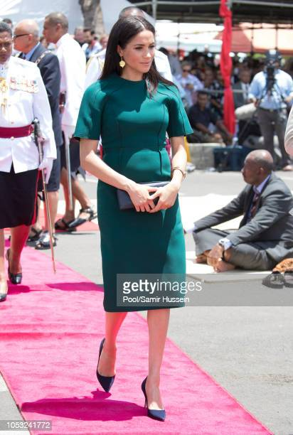 Meghan Duchess of Sussex attends attend the unveiling of the Labalaba Statue on October 25 2018 in Nadi Fiji The Duke and Duchess of Sussex are on...
