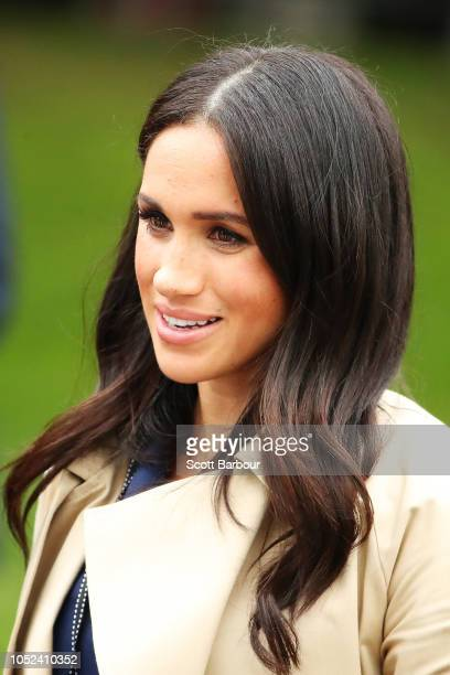 Meghan Duchess of Sussex greet fans outside Government House on October 18 2018 in Melbourne Australia The Duke and Duchess of Sussex are on their...