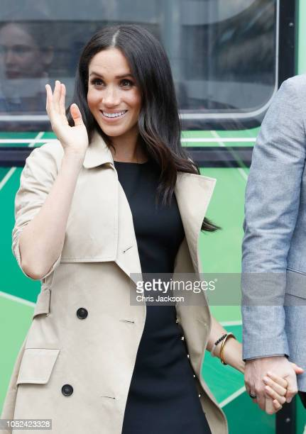 Meghan Duchess of Sussex greets members of the public on October 18 2018 in Melbourne Australia The Duke and Duchess of Sussex are on their official...