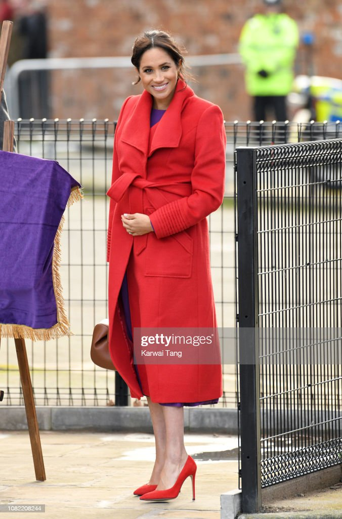 The Duke And Duchess Of Sussex Visit Birkenhead : News Photo