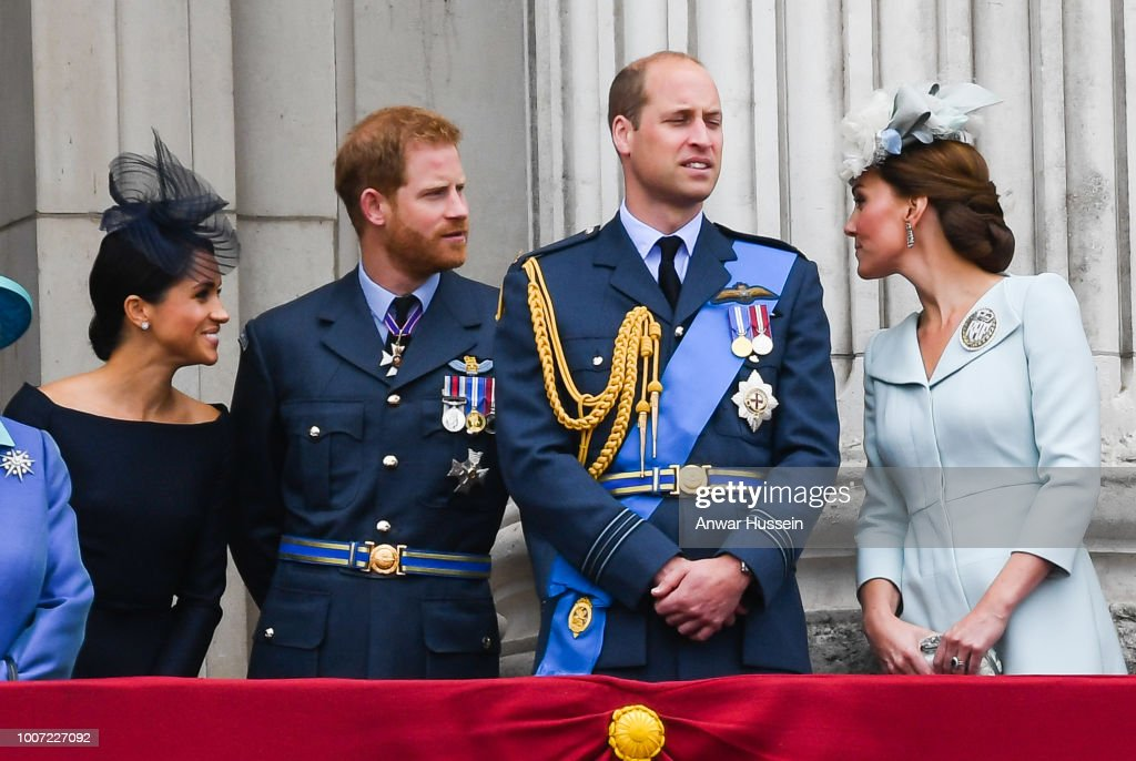 Members Of The Royal Family Attend Events To Mark The Centenary Of The RAF : Nachrichtenfoto
