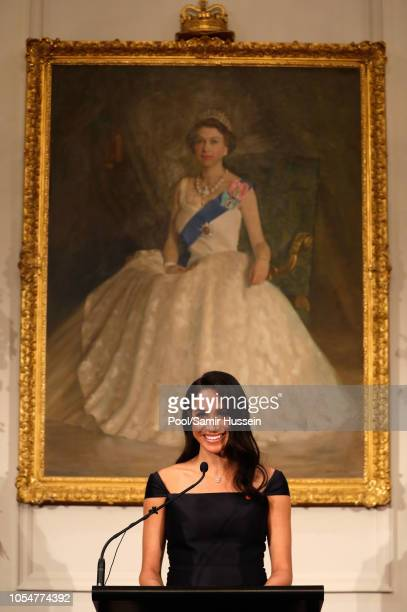 Meghan Duchess of Sussex speaks to invited guests during a reception at Government House on October 28 2018 in Wellington New Zealand The Duke and...