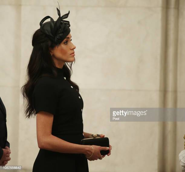Meghan Duchess of Sussex takes a tour of ANZAC Memorial in Hyde Park on October 20 2018 in Sydney Australia The Duke and Duchess of Sussex are on...