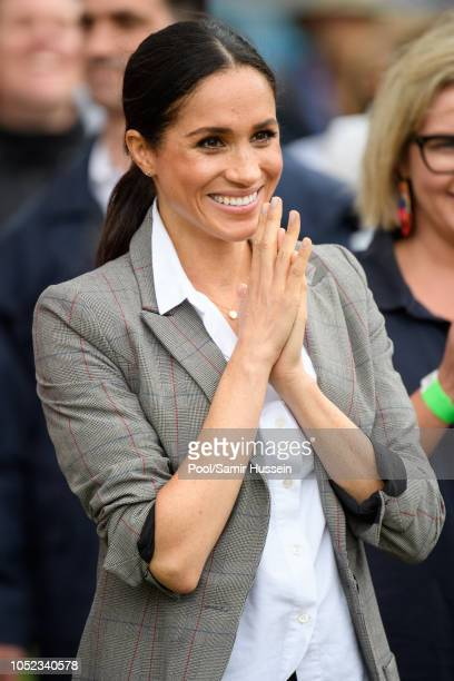 Meghan Duchess of Sussex visit Victoria Park on October 17 2018 in Dubbo Australia The Duke and Duchess of Sussex are on their official 16day Autumn...