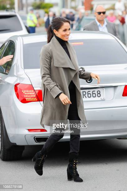 Meghan Duchess of Sussex visiting Maranui Cafe on October 29 2018 in Wellington New Zealand The Duke and Duchess of Sussex are on their official...