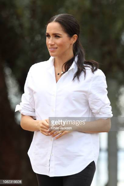 Meghan Duchess of Sussex visits a local farming family the Woodleys on October 17 2018 in Dubbo Australia The Duke and Duchess of Sussex are on their...