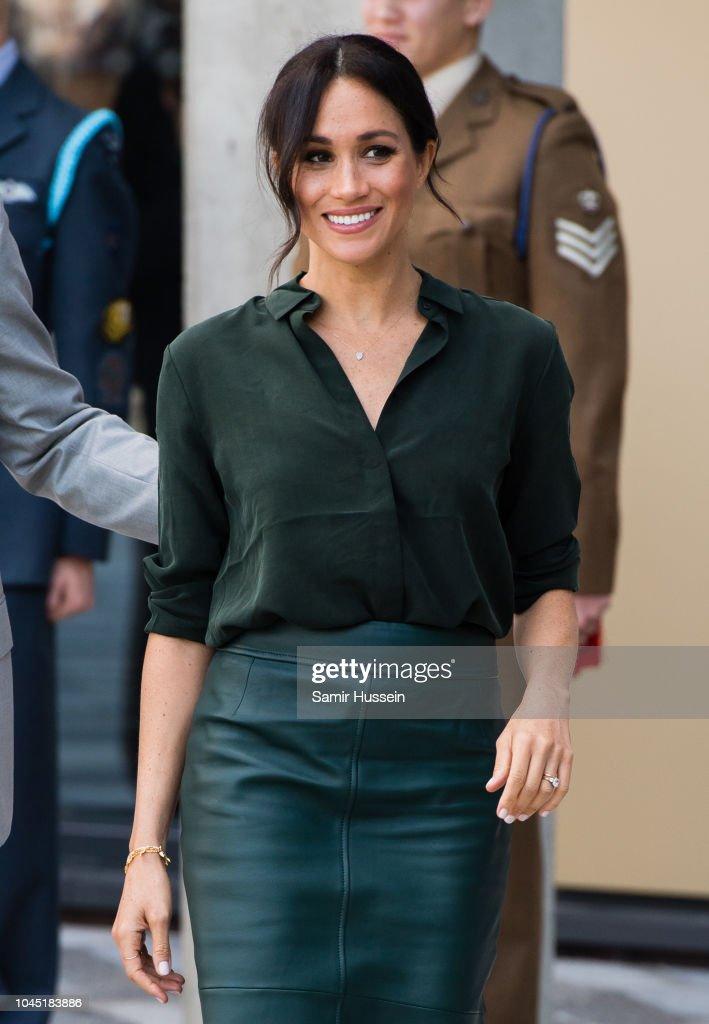 The Duke & Duchess Of Sussex Visit Sussex : ニュース写真